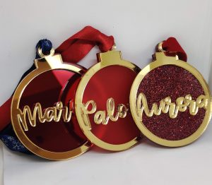 Rojo espejo, rojo mate y rojo glitter con espejo oro